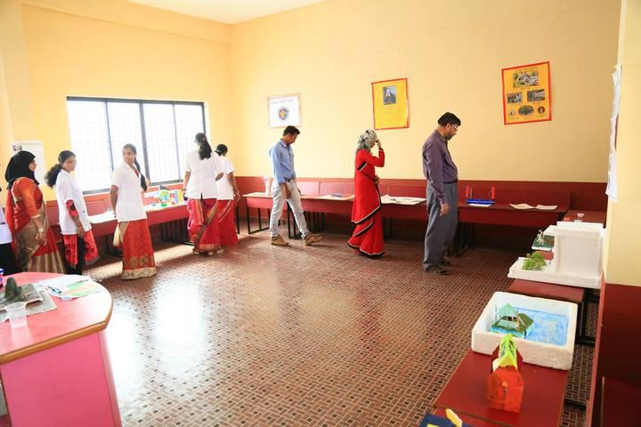 Crescent International School-Science Exhibition
