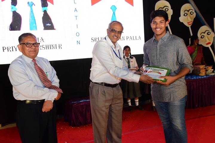 Delhi Public School-Prize Distribution