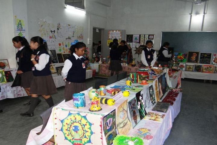 Budding Buds School - exhibition