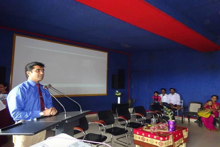 Excellent Public School-Seminar