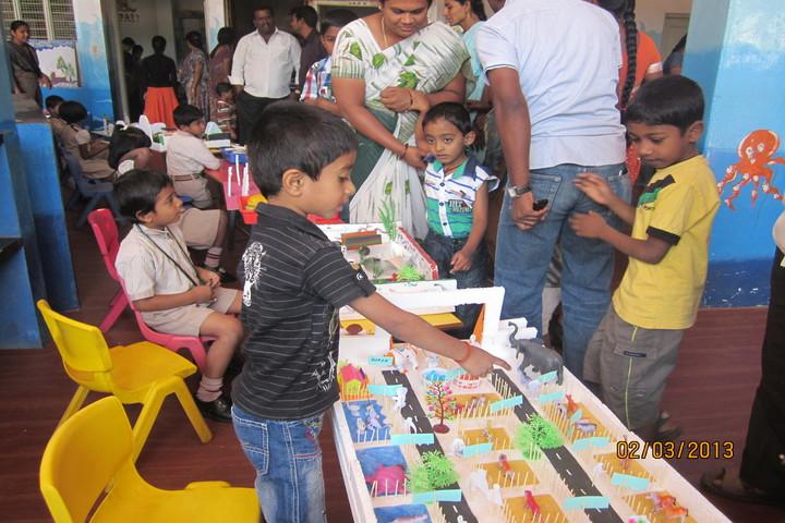 Green Valley English School-School Exhibition