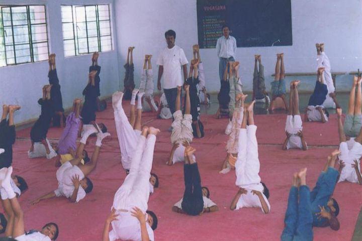 Guru Nanak Public School-Yoga