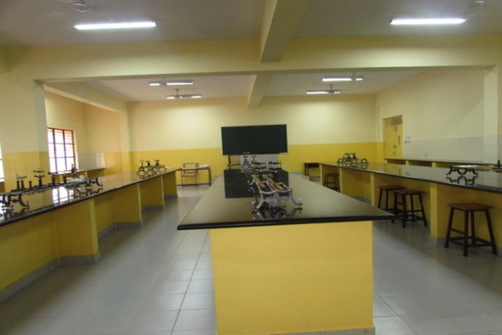 Hal Public School-Science Lab