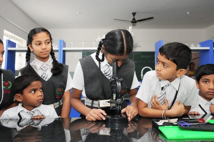 Janani Vidya Mandira-Science Lab