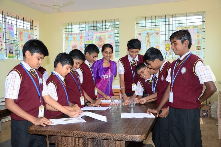 Jnanasagara Central School-Science Lab