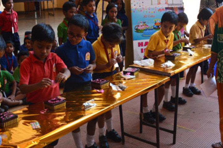 K L E Mahadevappanna Munavalli School- Cake Decoration