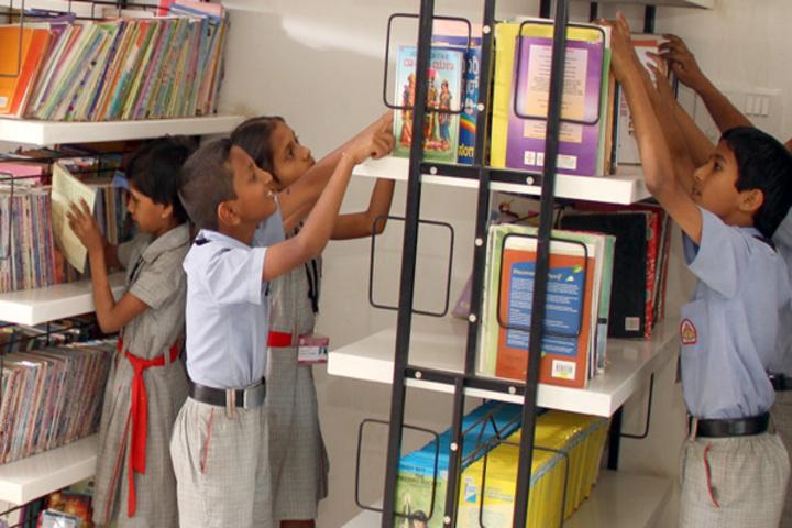K L E Mahadevappanna Munavalli School- Library