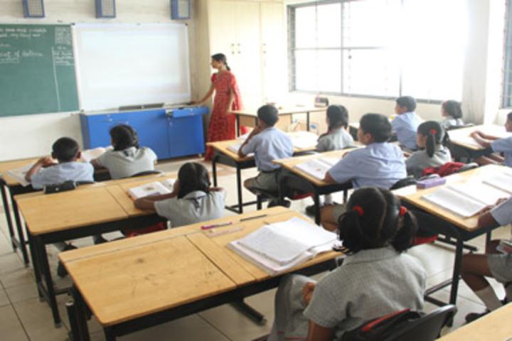 K L E Society School- Smart Class