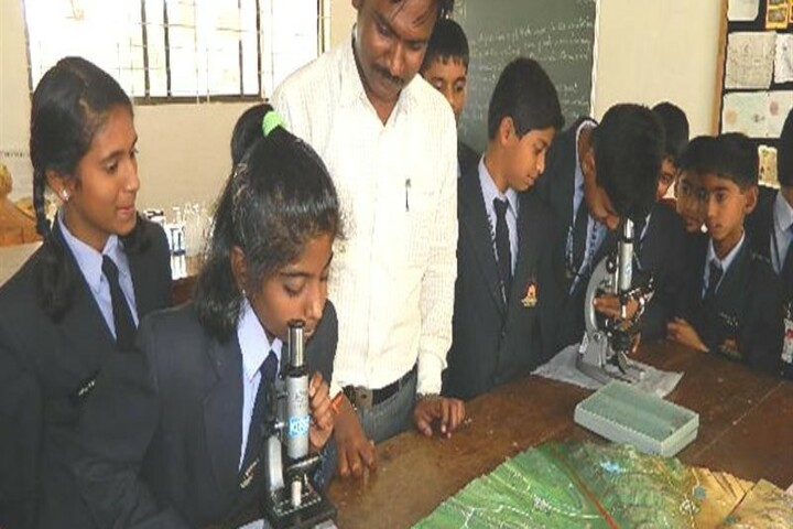 Kls Public School- Science lab