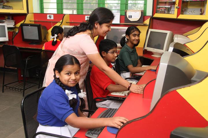 Love Dale Central School- Computer lab