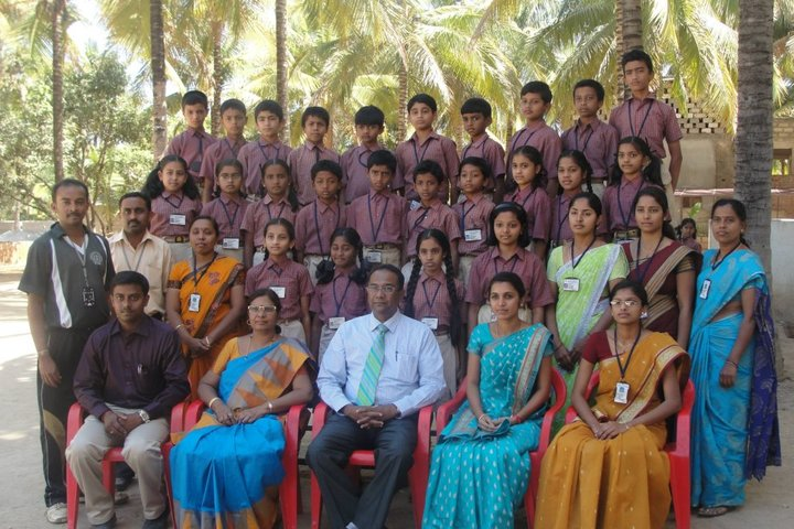 Maruthi Public School-Group Photo