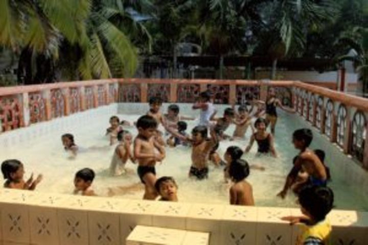 Maruthi Public School-Swimming Pool