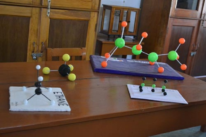 Holy Child School-Chemistry Lab