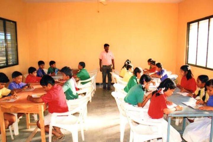 S B Darur Memorial English Medium School-Reading Room