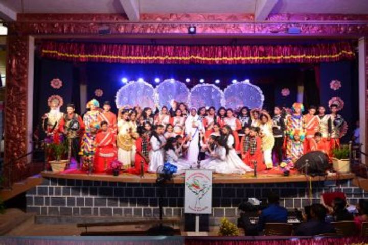 S M S English Medium School-Annual Day Celebration