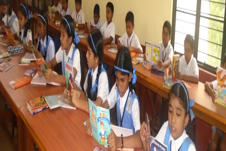Sacred Heart Convent School-Library