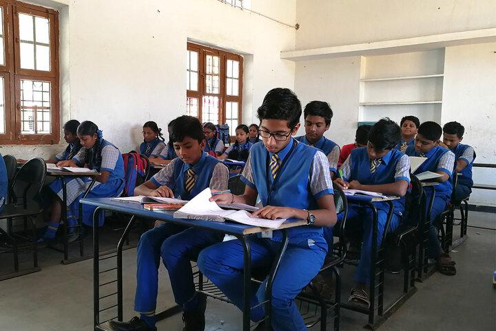 Saint Pauls English School-Classroom