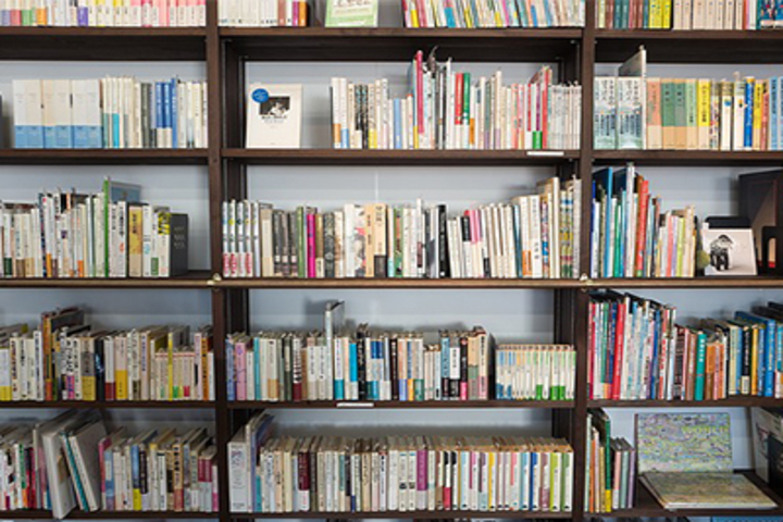 Saint Pauls English School-Library