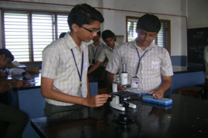 Sharada Vidyalaya-Biology-Lab