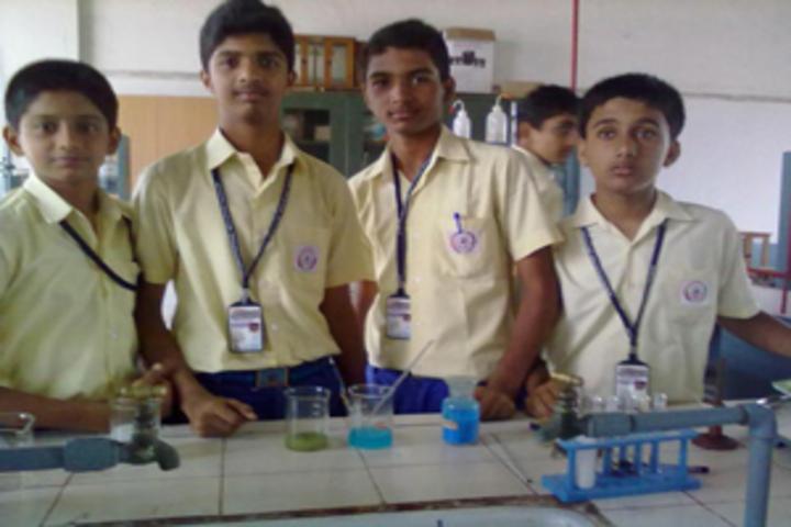 Sharada Vidyalaya-Chemistry-Lab