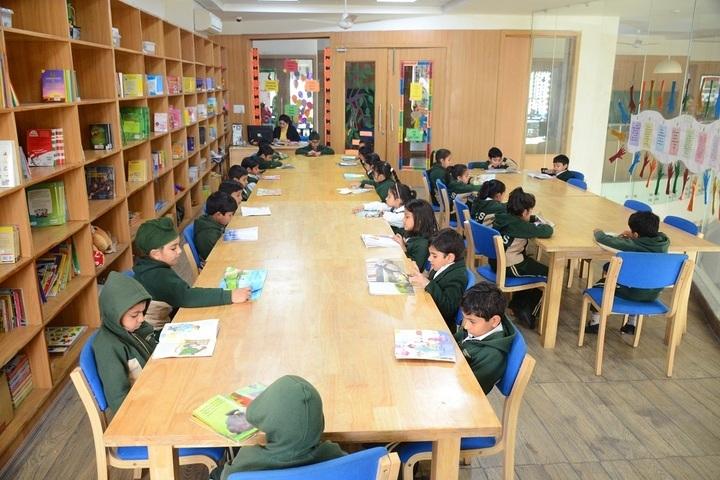 Shri Kadasiddheshwar Public School-Library