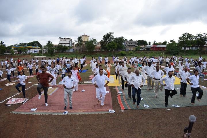 Shri Kadasiddheshwar Public School-Yoga