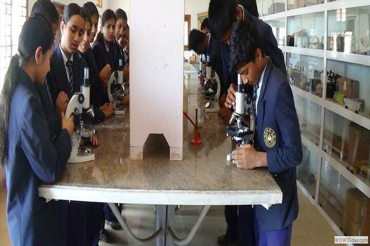 Shree Channamallikarjuna CBSE School-Laboratory