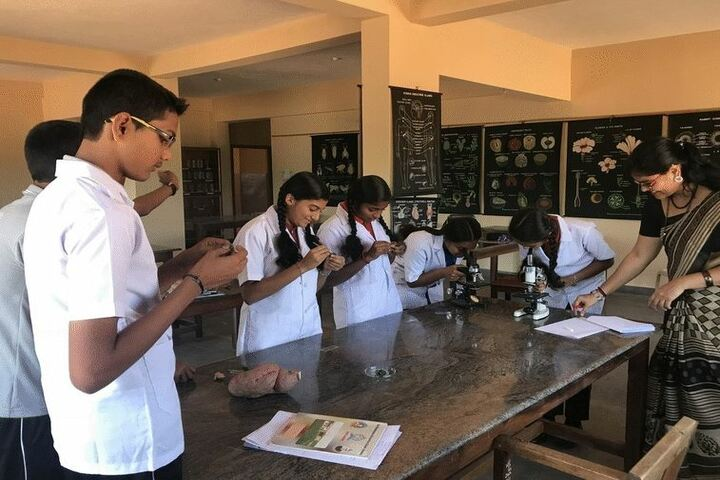 Sri Bhuvandendra Residential School-Lab