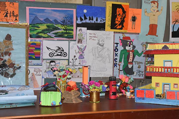 Sri Sai Vidyaniketan Residential School-Art and Craft Room