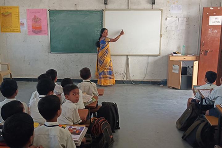 Sri Sai Vidyaniketan Residential School-Classroom