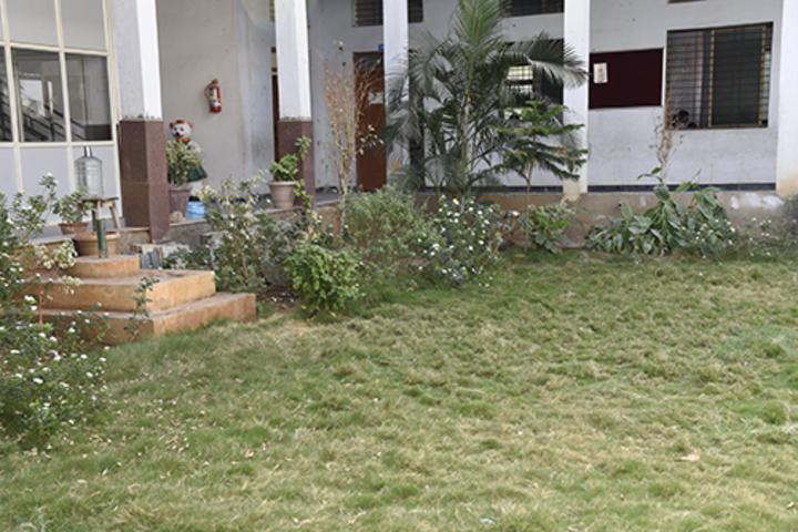 Sri Sai Vidyaniketan Residential School-Garden