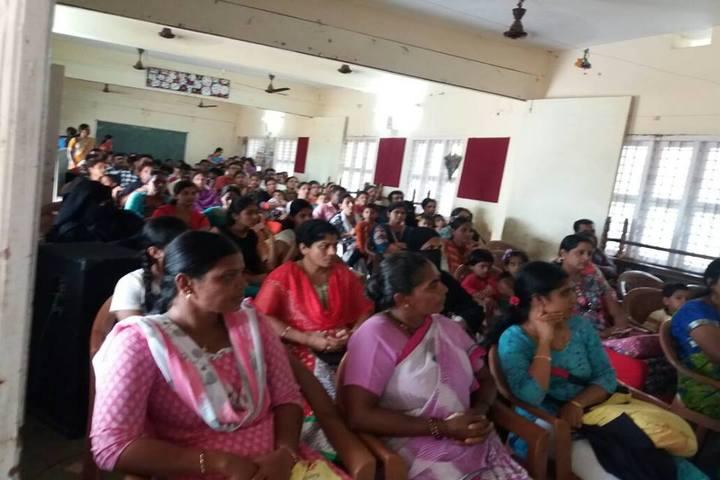 Sri Sri Ravishankar Vidya Mandir-Meeting