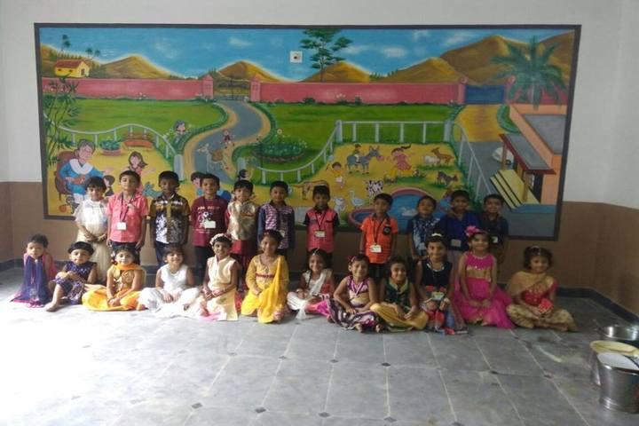 Sri Sri Ravishankar Vidya Mandir-Students