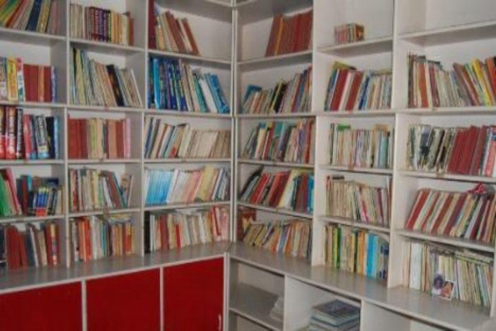 Vasavi Vidayalaya-Library