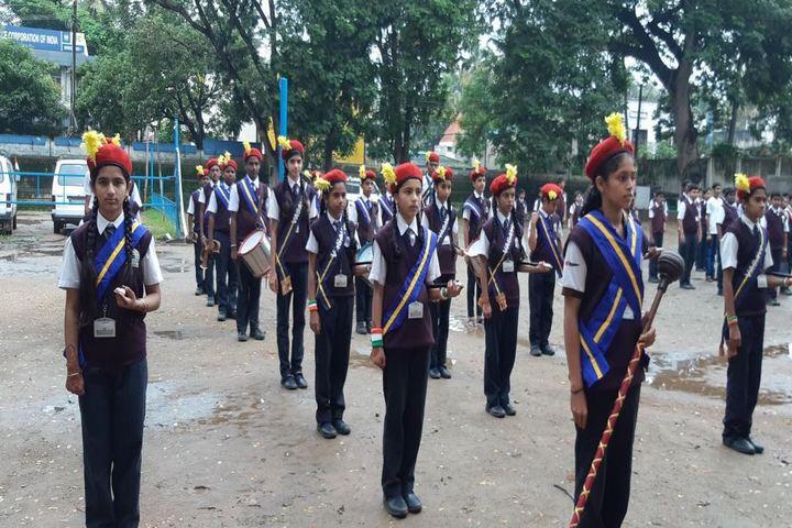 Vasavi Vidayalaya-March Past