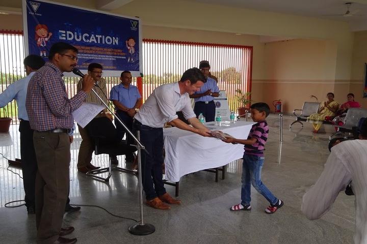 Vicat Dav Vidya Mandir-Prize Distribution