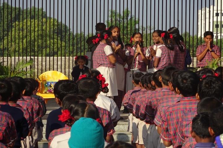 Vicat Dav Vidya Mandir-Singing