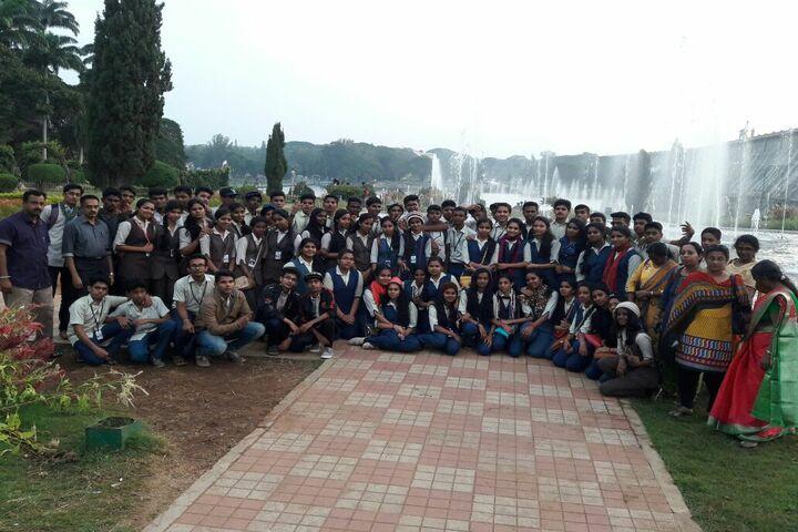 Aishwaraya Public School-Trip