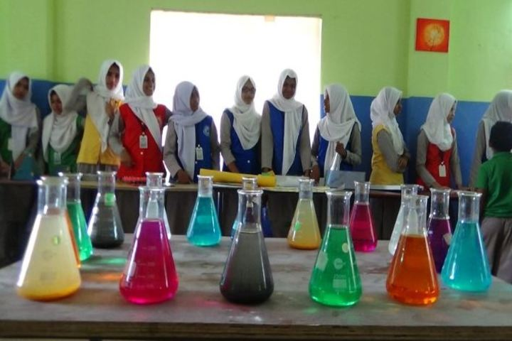Al Ameen International Public School-Laboratory