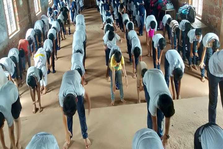 Al Farooque School-Yoga