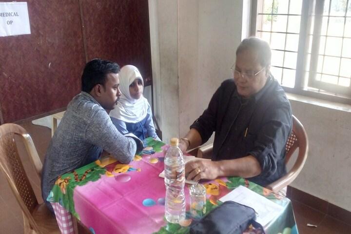Albab Central School-Health Checkup