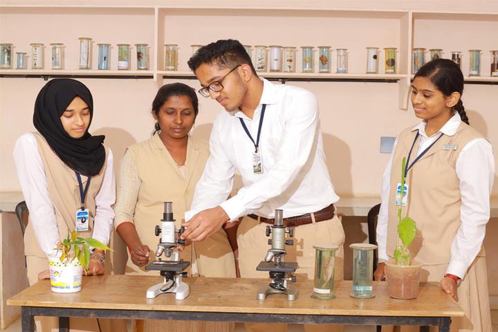 Alfeen Public School-Laboratory
