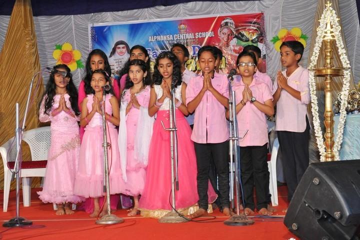 Alphonsa Central School-Singing