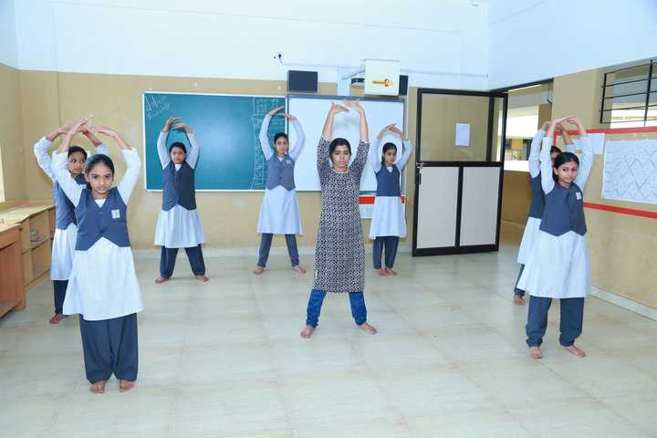 Amal Public School-Dance