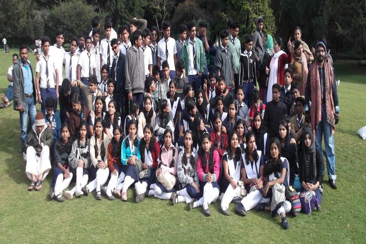 Amrutha Public School-Trip