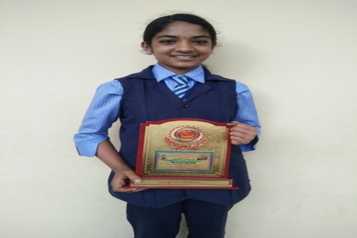Anns English Medium School-Prizes in Drawing Competition