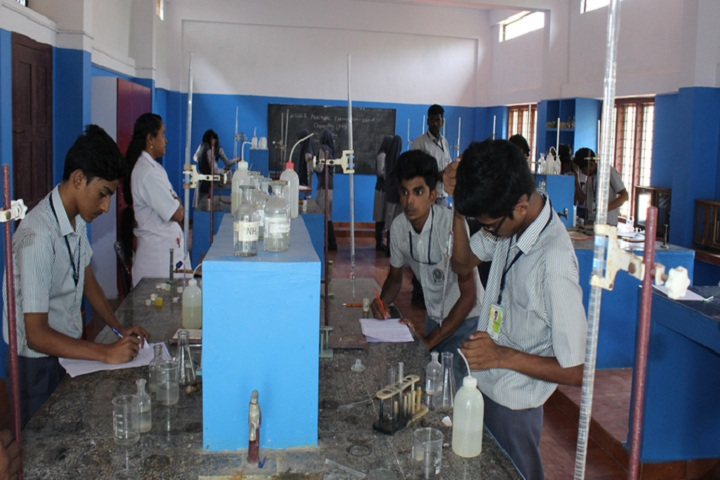 Arafa English School-Chemistry Lab