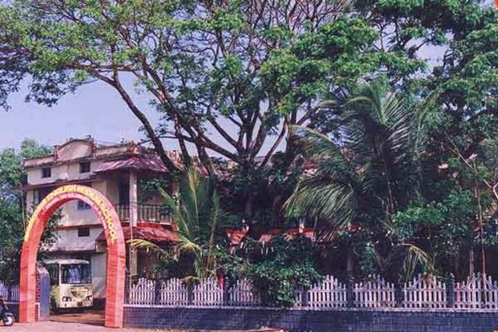 Aravukad Sreedevi English Medium Secondary School-School Entrance