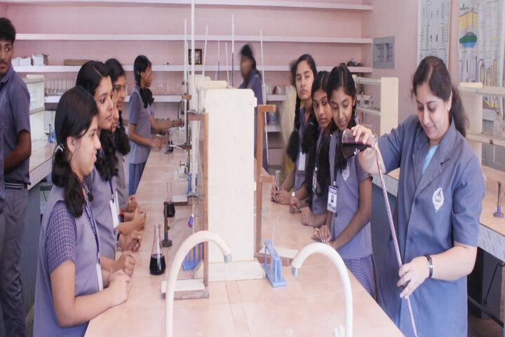 B M M English Medium School-Chemistry Lab