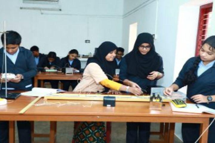 Bappuji English Medium School-Physics Lab